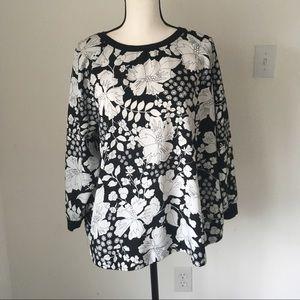 ASOS Curve Black & White Floral Print Top / 16